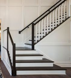 Best 12 Best Stairs Examples Images Stairs Carpet Stairs 400 x 300