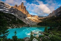 Dolomites, Northern Italy - Such Gorgeous scenery! Places In Italy, Oh The Places You'll Go, Cool Places To Visit, Mountain Landscape, Future Travel, Landscape Photos, Travel Around The World, Beautiful Landscapes, The Great Outdoors