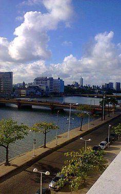 Centro do Recife, Rua da Aurora, bairro Boa Vista. Pernambuco - Brasil