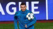After Cristiano Ronaldo has declared himself to be the best footballer in history, the answer from Barcelona is not long in coming – and it is clear.    It is the eternal debate among football fans: who is currently the best footballer in the world – Cristiano Ronaldo or Lionel...