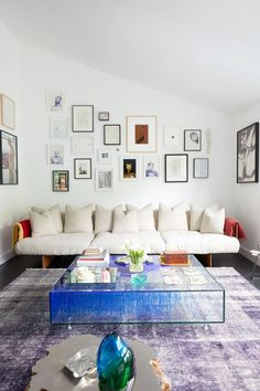 We all love when our homes speak our essence and our true identity and it is only obvious that our Luxury Home shows everything that we are passionate about and roots from the places that we love. #interiordesign #luxuryinterior #luxurydesign #interiordesignproject #homedecor #designideas Living Room Designs, Living Room Decor, Living Rooms, The Wall Show, Home Decor Trends, Decor Ideas, Room Ideas, Architectural Digest, Modern Room