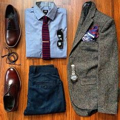 that tie makes the outfit