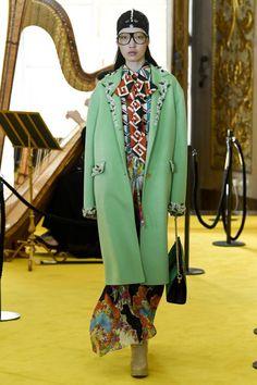 Gucci #VogueRussia #resort #springsummer2018 #Gucci #VogueCollections