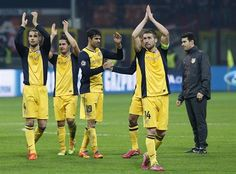 El Atlético de Madrid celebra el triunfo en San Siro #Ole #Ole #Ole #Cholo #Simeone