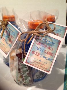 Golf Sayings Golf team goodie bag. Good luck wishes with Gatorade, Milky Way candy bar and s'mores trail mix. Cheer Gifts, Golf Gifts, Team Gifts, Sports Gifts, Candy Gifts, Sports Snacks, Team Snacks, Good Luck Wishes, Good Luck Gifts