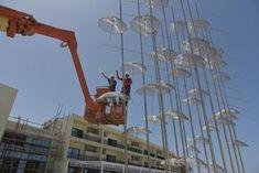 Εστησαν τις Ομπρέλες του Ζογγολόπουλου στην Αίγυπτο -Βήμα-βήμα η τοποθέτηση [εικόνες]