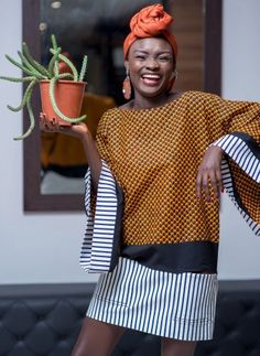 Latest Plain And Pattern Styles For Ladies: 55 Beautiful Plain And Patterned Ankara Designs 2019 African Fashion Designers, African Inspired Fashion, African Print Fashion, Africa Fashion, African Attire, African Wear, African Women, African Style, Ankara Designs