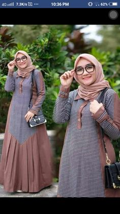 Baju muslim Source by shaganahmad dresses muslim Batik Fashion, Abaya Fashion, Fashion Dresses, Muslim Women Fashion, Islamic Fashion, Hijab Style Dress, Stylish Dresses For Girls, Muslim Dress, Islamic Clothing