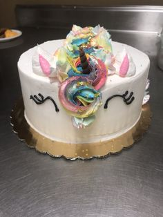 Unicorn head cake Unicorn Head Cake, Animal Cakes, Birthday Cake, Desserts, Food, Birthday Cakes, Meal, Deserts, Essen