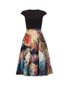 Ted Baker Eana gebloemde skirtdress in A-lijnmodel