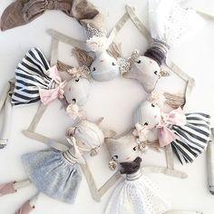 Many Minis!!  Can you spy a new Mermaid...? . . #minifriends #loladolls #clothdolls #mermaid #unicorn #girl #handmade #handmadetoy #dollstagram #theselittletreasures