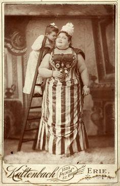 Circus Performers 1890