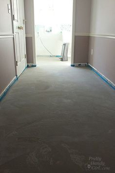 How to Patch and Level a Concrete Subfloor – Basement Bedrooms Linoleum Flooring, Basement Flooring, Diy Flooring, Bedroom Flooring, Concrete Floors, Concrete Bedroom Floor, Diy Concrete, Concrete Projects, Stained Concrete