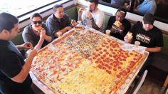 アメリカ人「日本人よ!ピザってのはこのくらいの大きさがないとピザとは呼べないよwwwww」
