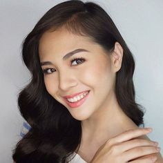 BEAUTIFUL SMILE Filipina Beauty, Beautiful Smile, Dark Hair, Modern, Salvador, Countries, Asian, Places, Girls