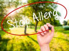 Allergien sind im Vormarsch und können das Leben wirklich vermiesen. doTERRA ätherische Öle in der Mischung von Lavendel, Zitrone und Pfefferminz haben schon vielen Menschen sofort geholfen, besser durchzuatmen. Auch fertig in einer praktischen Gelkapsel zum Einnehmen.