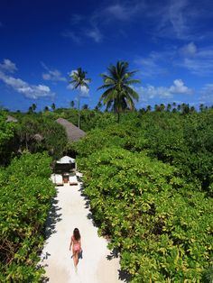 Wake up in paradise! @ Six Senses Laamu, Maldives