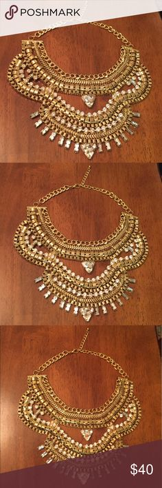 Elaborate gold plated chain statement necklace NWOT any questions just ask! Open to offers Jewelry Necklaces