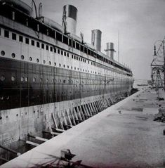 """Why the titanic sank essay help Why did the titanic sink? There were multiple changes in the laws and regulations after the Titanic disaster. """"After the Titanic sank. Rms Titanic, Titanic Photos, Titanic History, Titanic Sinking, Titanic Deaths, Titanic Wreck, Titanic Movie, Belfast, Southampton"""