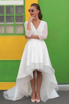 short wedding dress in front – Palawan by Marie Laporte - Magnet Mode City Evening Dresses, Prom Dresses, Wedding Dresses, Tight Dresses, Simple Dresses, Elegant Dresses, Wedding Bride, Short Dresses, Lace Bridal