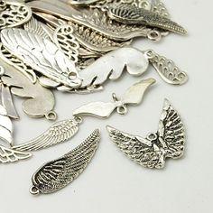 Tiben Style Pendants, Wing