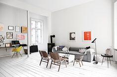 Lejlighed i byen: Minimalisme med stærke farver - Boligliv