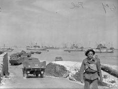 World History, World War Ii, D Day Normandy, Normandy Invasion, The Blitz, Modern History, Ducks, Wwii, Britain