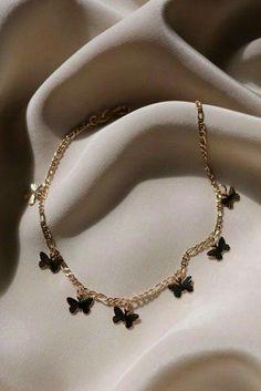 Stylish Jewelry, Cute Jewelry, Luxury Jewelry, Jewelry Accessories, Fashion Accessories, Fashion Jewelry, Jewelry Design, Jewelry Ideas, Trendy Accessories