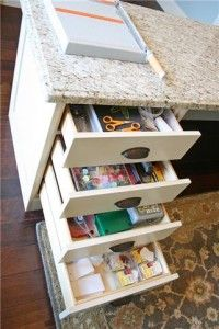 Would be nice to have some drawers like this under my desk