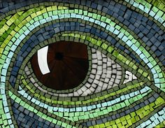 The eye in for my window glass on glass this one is with the light going thur it Mosaic Art, Mosaic Glass, Glass Art, Mosaic Patterns, Mosaic Ideas, Quilt Patterns, Bow Art, Mosaic Portrait, Mosaic Pictures