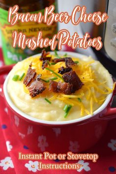 Bacon Beer Cheese Mashed Potatoes - This is the ultimate mashed potato recipe! Instructions for making them over the stove top or in an Instant Pot. Mashed Potatoes with a beer cheese sauce mixed in and topped with bacon and chives. Mashed Potatoes | Beer Cheese Mashed Potatoes | Potato Side Dish