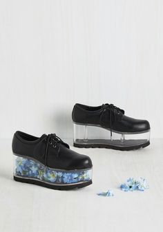 Fill of the Chase Flatform in Black, @ModCloth