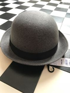 YueLian Fancy Shiny Pu Leather Mens Womens Bucket Hat Caps