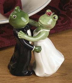 Waltzing Frog Salt and Pepper Shakers