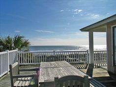 Fall Discounts!! 4BDR-Charming Oceanfront/ porch overlooking Ocean!!