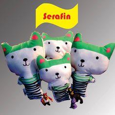 Serafín es un gatito muy divertido!