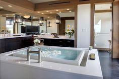 Square Bathtub with Infinity Edge