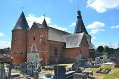 Eglise de la Nativité-de-la-Sainte-Vierge (église fortifiée) .Dohis (Aisne - Thiérache) -  Picardie
