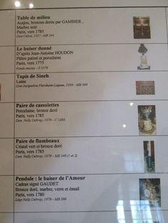 Musée Carnavalet, Paris IV. - Salle 51, boudoir Louis XVI.- 2) SALLE 51 LAMBRIS DU BOUDOIR DE L'HÔTEL DE BRETEUIL: Le couple y entrepris d'importants travaux de décoration, laissés inachevés par la mort du vicomte en 1784. Sa veuve loua alors l'hôtel. 4 des plus jolies pièces de cet hôtel ont pu être installées au musée (salles 50,52,53 et 55) offrant ainsi un bel ensemble de style Louis XVI à son plein équilibre. Les courbes et contre-courbes chères aux ornemanistes de....