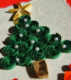 Christmas Tree Quilled card design