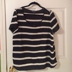 Forever 21+ Striped Top w/ Buttons on Shoulder Forever 21+ Striped Top w/ Brass Colored Buttons. Worn couple of times, very good condition! Forever 21 Tops Blouses