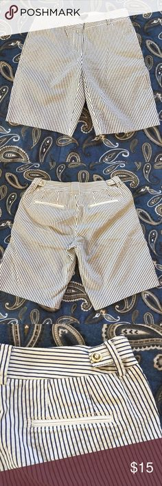 "J. Crew pinstripe city fit shorts, size 4 White Bermuda style shorts with navy pinstripe in a size 4. City fit by J Crew. Waist is 30"", rise is 8.5"", inseam 9.5"", and total Length of 18"". 🦊 I do not model or trade. Please use measurements provided and ask any questions prior to purchase. I want happy customers! 😊 J. Crew Shorts Bermudas"