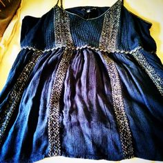 American Eagle Outfitters tank for summer 2015. Navy blue with gold thread details. Very light weight fabric which is layered on top of each other