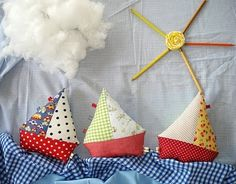 DIY Fabric Sailboats.  #mesadedoces #shopfesta