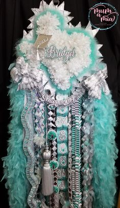 """We are a homecoming mum company dedicated to helping others achieve """"Mumelicious"""" mums/garters for homecomings that are within the budget of our clients in the Spring, Texas area. Unique Homecoming Mums, Homecoming Mums Senior, Homecoming Games, Homecoming Spirit, Homecoming Proposal, Senior Year, Homecoming Dresses, Big Mum, Texas Mums"""