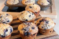 Ww 1 Pt. Weight Watcher Muffins {i got a similar recipe from a ww meeting. that one uses 1/2 tsp. baking soda and 1/2 tsp. vanilla. will try both!}