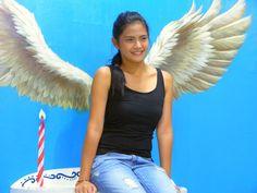 Teen Star Bianca Umali Explores Art In Island Museum with Street Kids Interactive Art, Art Museum, Iphone Wallpaper, Street Art, Sisters, Idol, Teen, Celebrity, Island