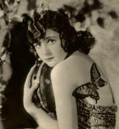 Google Image Result for http://www.kitsch-slapped.com/wp-content/uploads/2012/05/Kathleen_Martyn_-_Ziegfeld_Girl.jpg