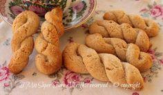 Treccine di ricotta, biscotti senza uova e burro da inzuppare. Friabili, croccanti, golose e morbide dentro. La ricetta è di Montersino ...una garanzia!