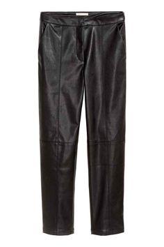 Bukser i imiteret læder - Sort - DAME   H&M DK